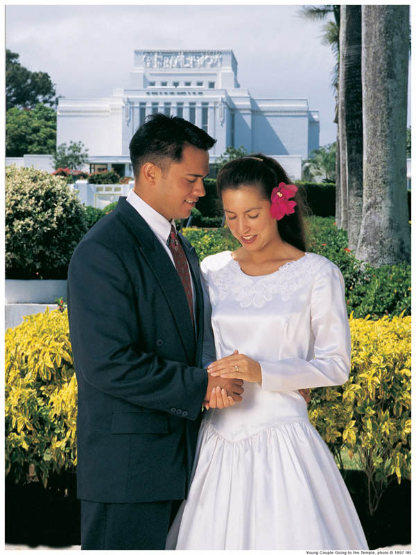 Focusing on the eternal can strengthen a mormon marriage.
